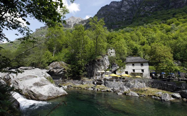 Grotto-Pozzasc-19604-TW-Interna.jpg