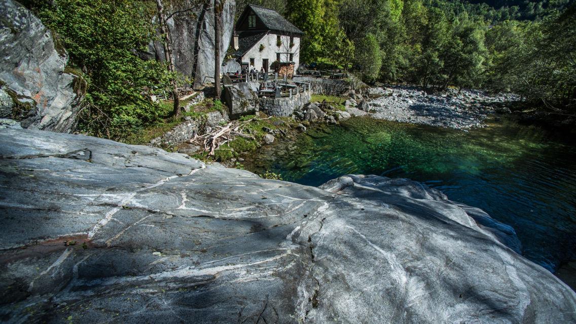 Grotto-Pozzasc-Peccia-24484-TW-Slideshow.jpg