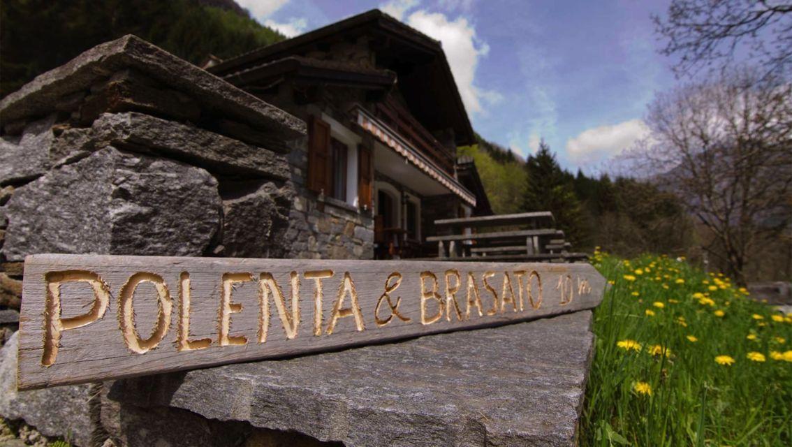 Grotto-Sassello-Gerra-Verzasca-20110-TW-Slideshow.jpg