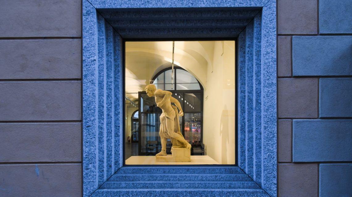 LAC-Palazzo-Reali-25315-TW-Slideshow.jpg