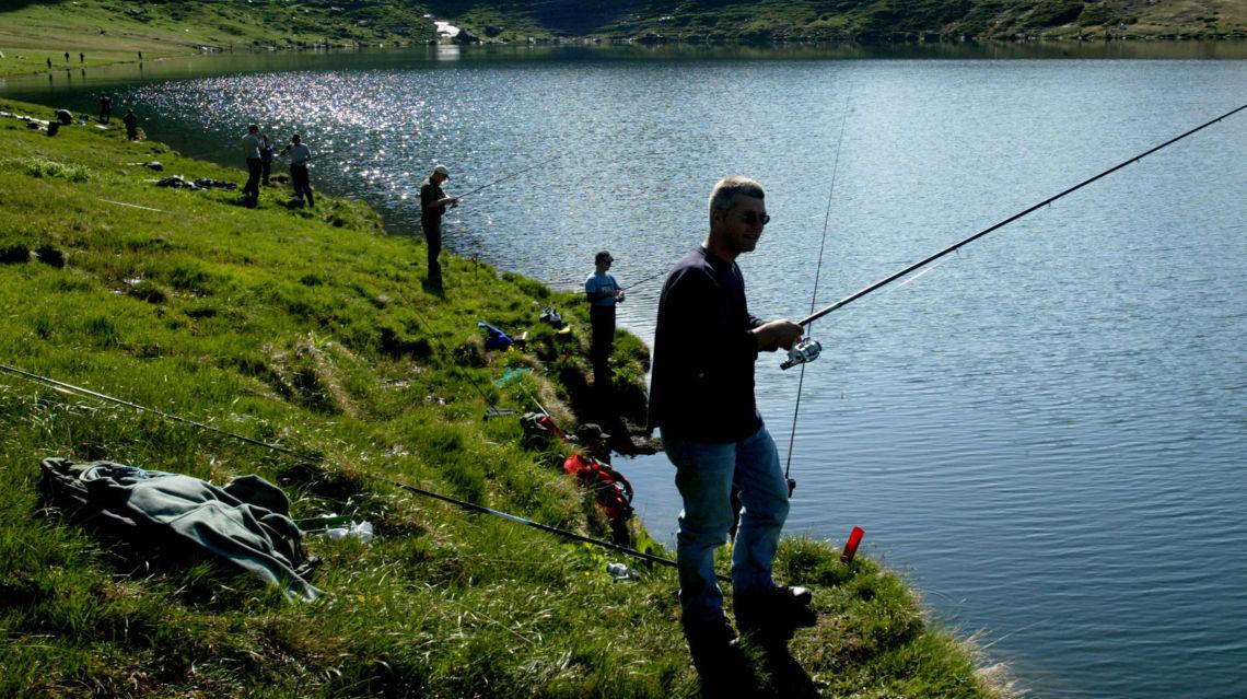 Lago-di-Cadagno-pescatori-22379-TW-Slideshow.jpg