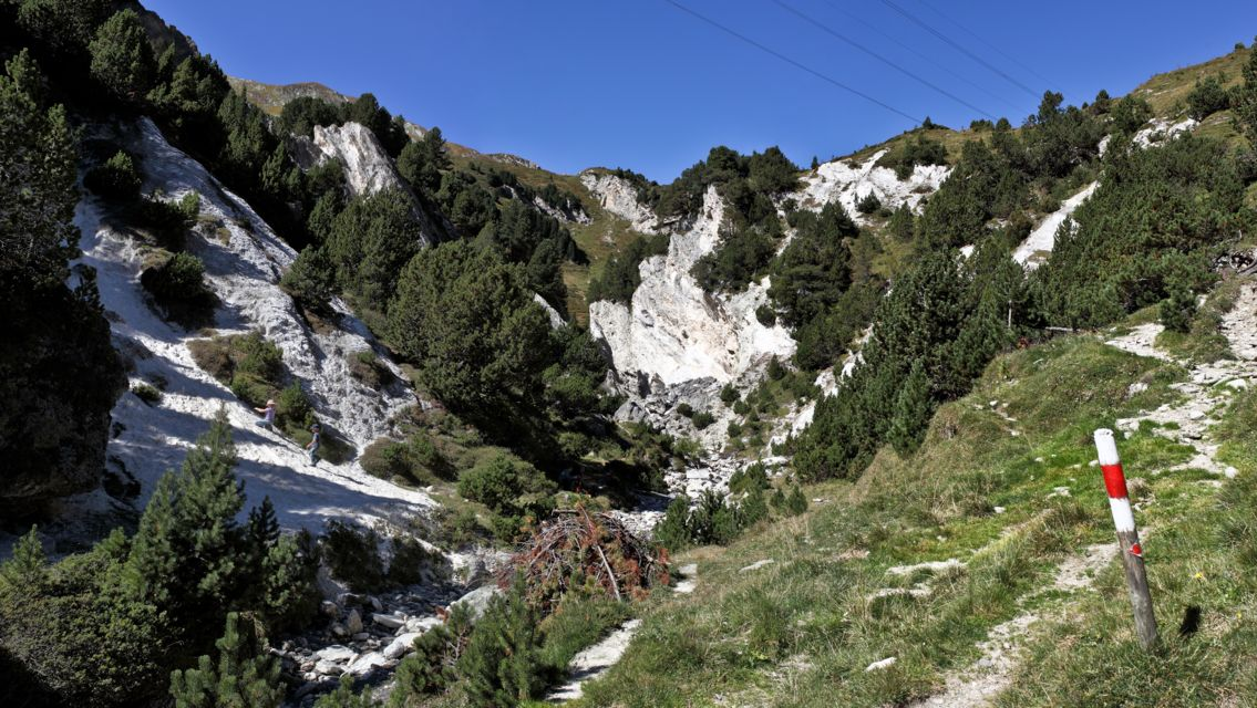 Lucomagno-sentiero-n-7-19532-TW-Slideshow.jpg