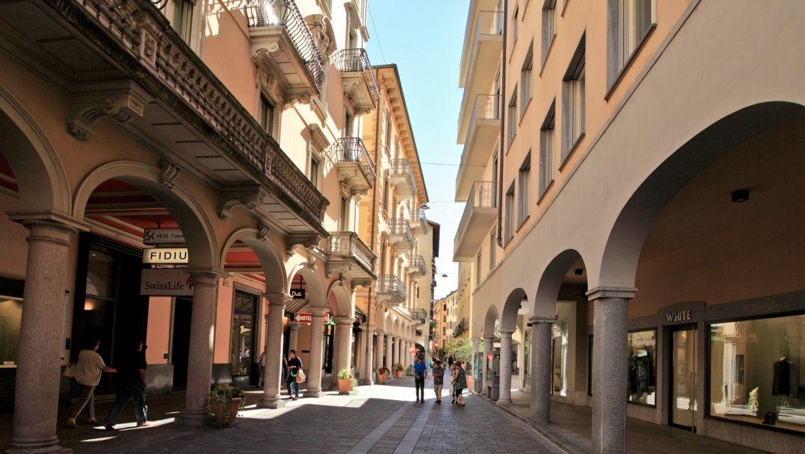 Lugano-centro-storico-12869-TW-Slideshow.jpg