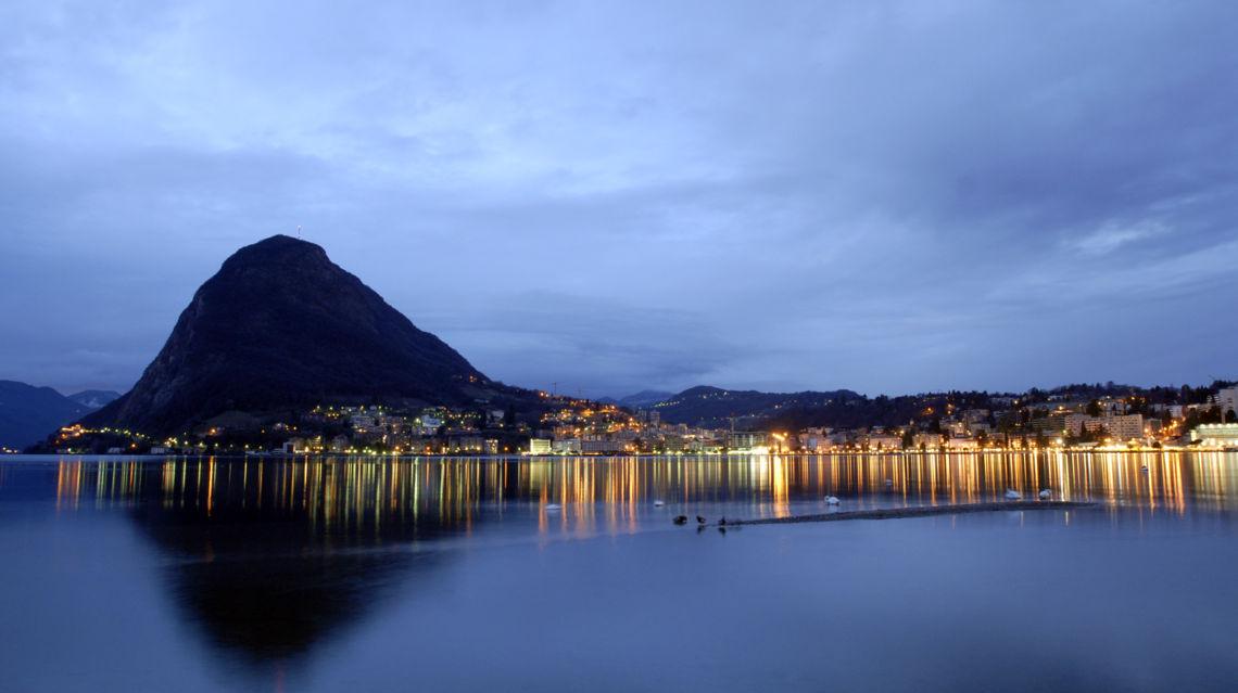 Lugano-golfo-all-alba-21024-TW-Slideshow.jpg