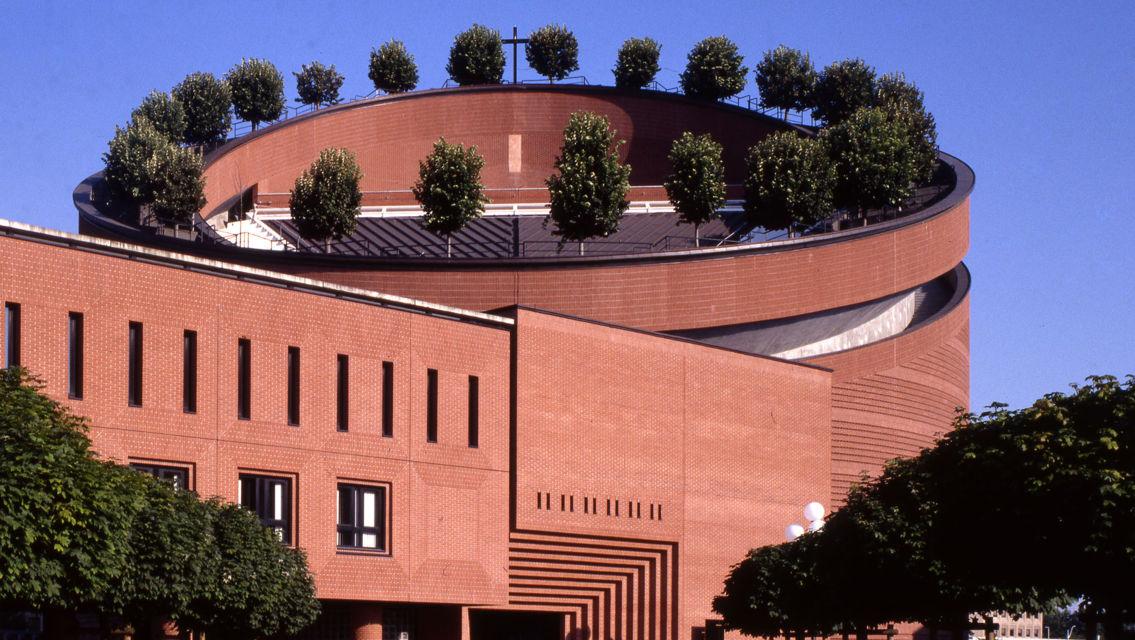 Mario-Botta-Spazio-sacro-21081-TW-Slideshow.jpg