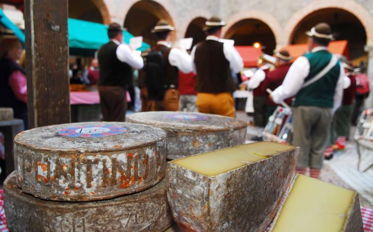 Herbstfreuden und Käsemarkt