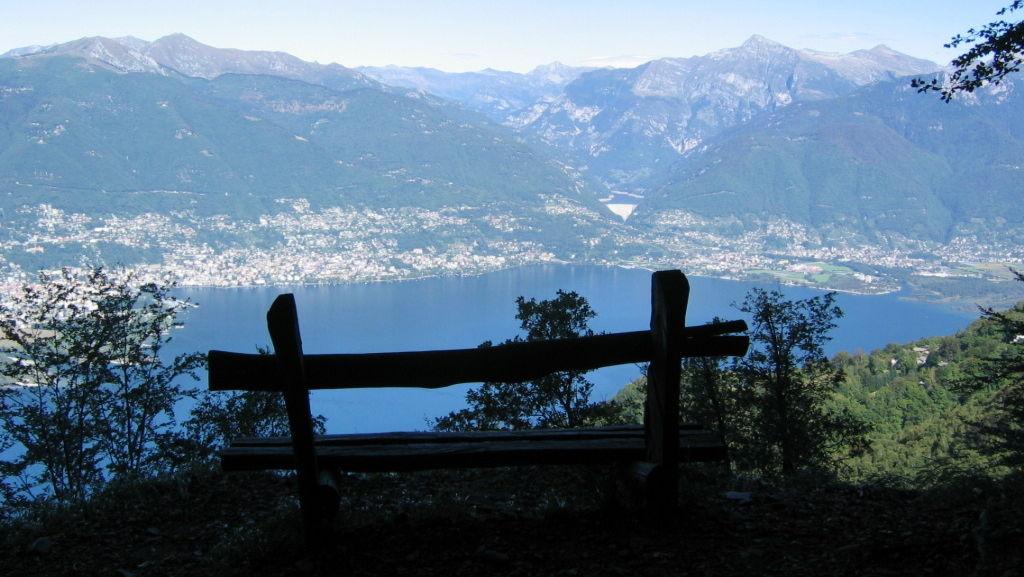 Monti-di-Vairano-panorama-su-Locarnese-2386-TW-Slideshow.jpg