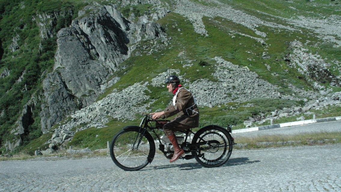 Moto-D-Epoca-Tremola-3069-TW-Slideshow.jpg