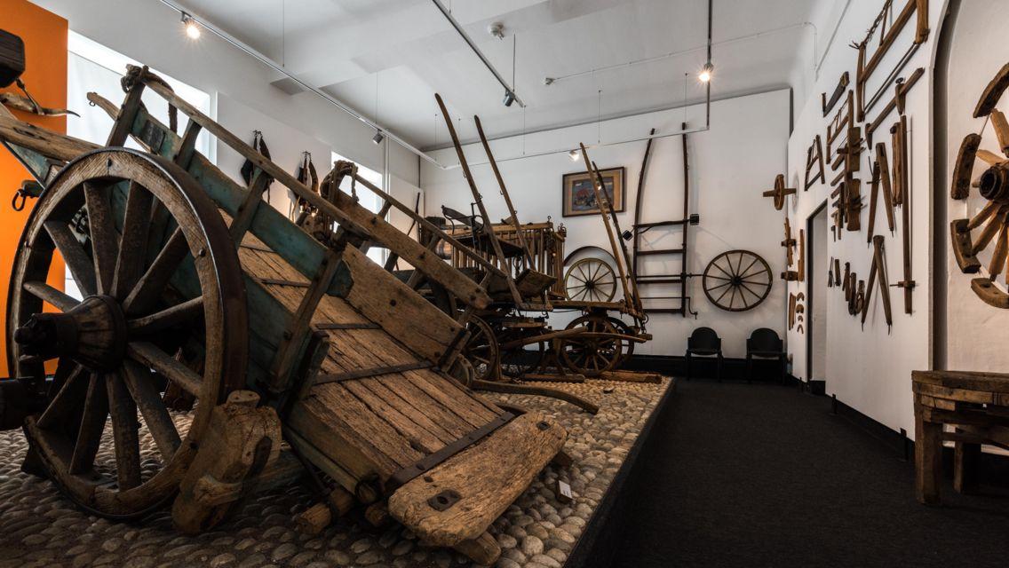 Museo-della-civilta-contadina-21030-TW-Slideshow.jpg