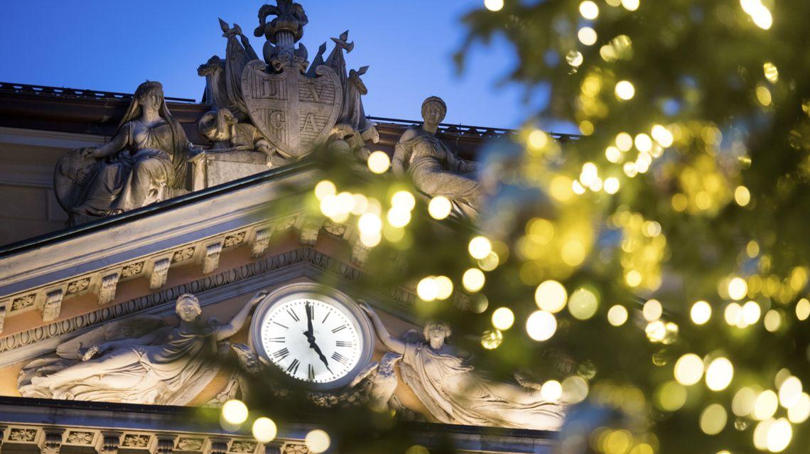 Natale-in-Piazza-25093-TW-Slideshow.jpg