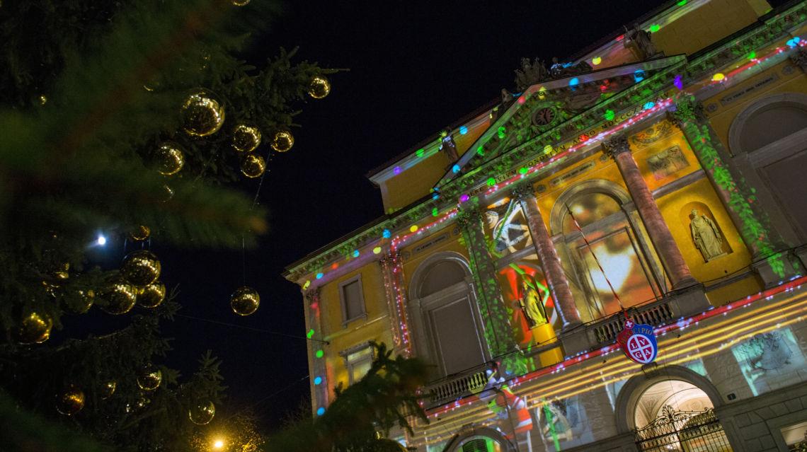 Natale-in-Piazza-9689-TW-Slideshow.jpg