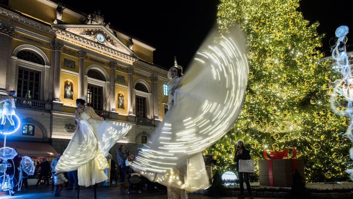 Natale-in-piazza-23199-TW-Slideshow.jpg