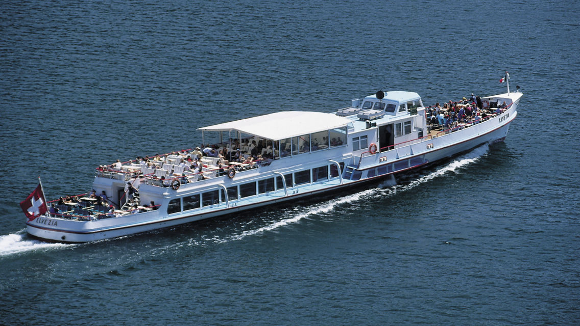 Navigazione-Lago-di-Lugano-Battello-12036-TW-Slideshow.jpg