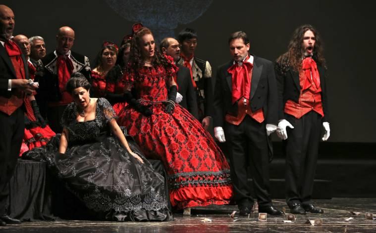 Opern und Ballett erobern Locarno