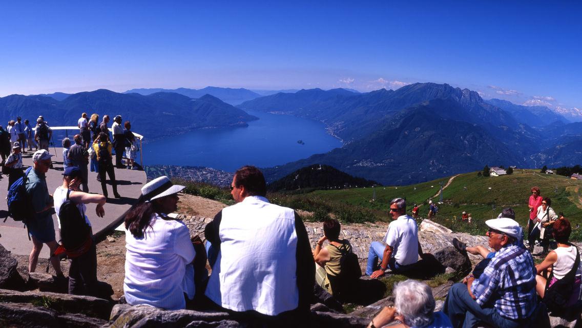 Panoramica-Cardada-Cimetta-Escursioni-20274-TW-Slideshow.jpg