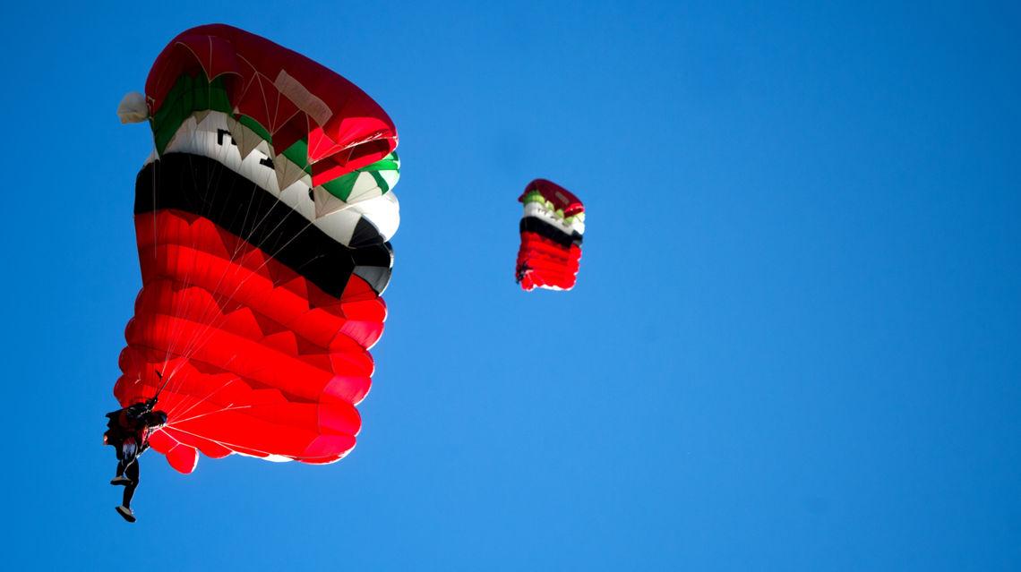 Paracadutismo-17363-TW-Slideshow.jpg