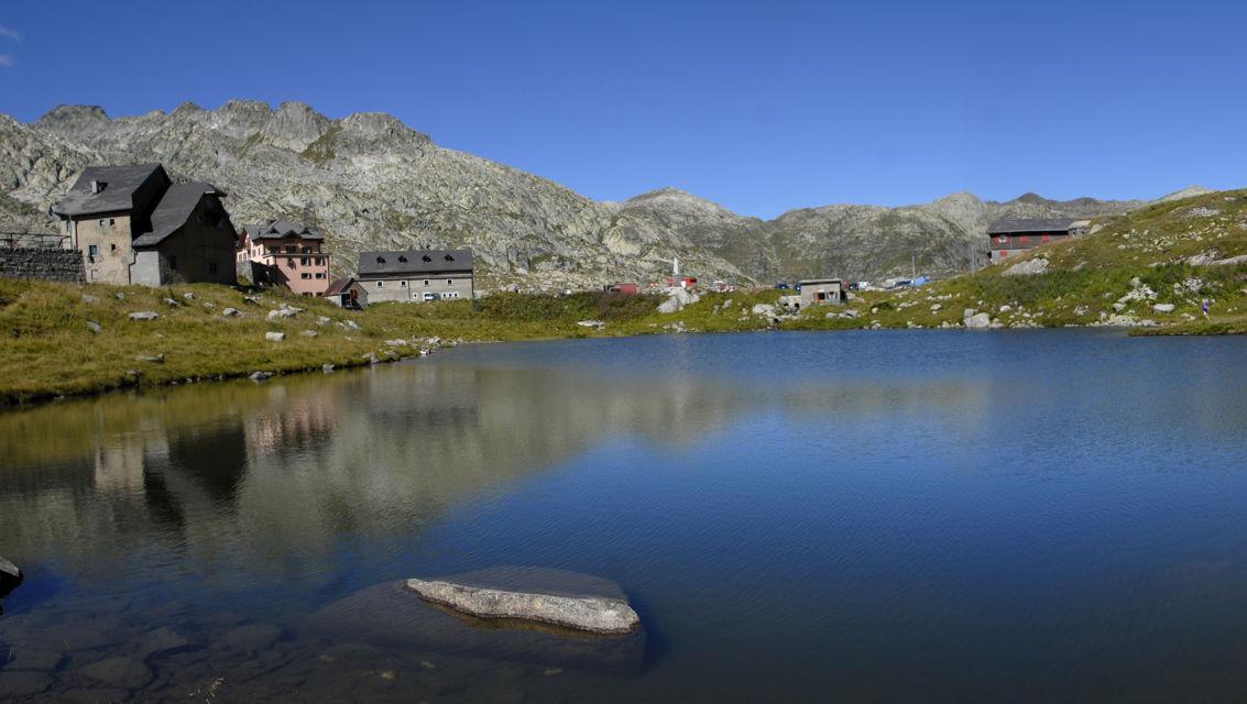 Passo-del-San-Gottardo-8391-TW-Slideshow.jpg
