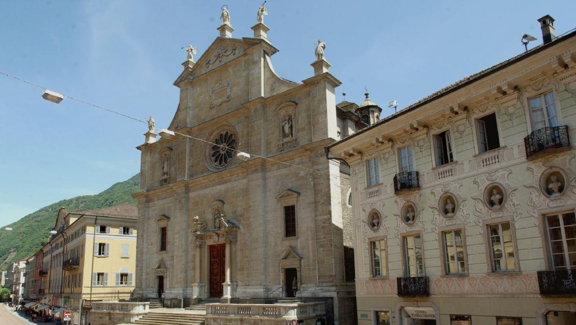 Piazza-Collegiata-18680-TW-Slideshow.jpg