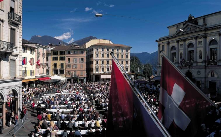 Piazza Riforma mit drei Events