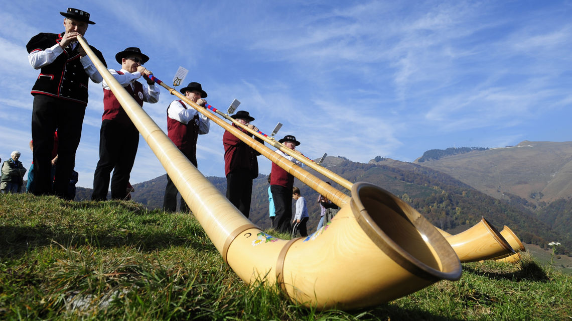 Raduno-Corni-d-Alpe-3684-TW-Slideshow.jpg