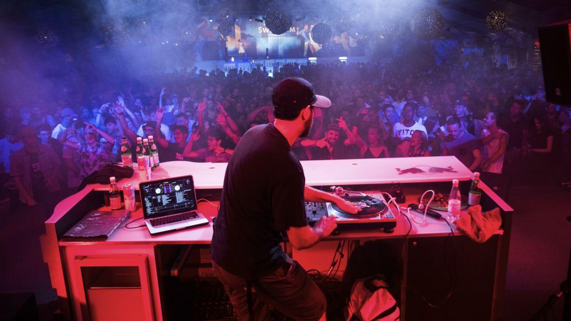 Rotonda-del-Festival-24633-TW-Slideshow.jpg