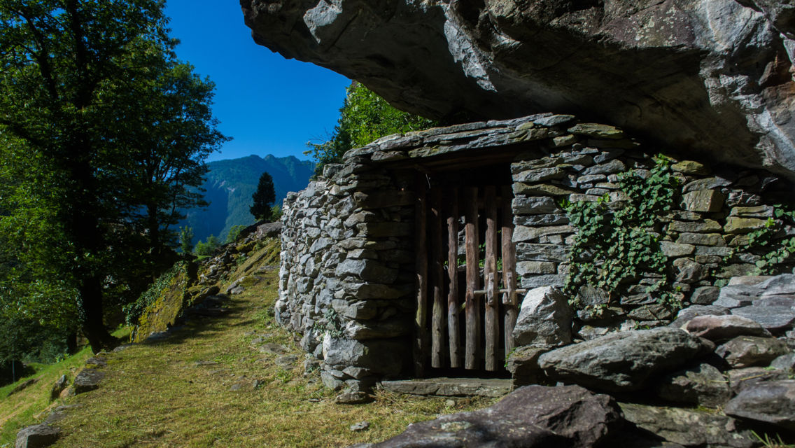 Sentieri-di-pietra-Bignasco-22166-TW-Slideshow.jpg