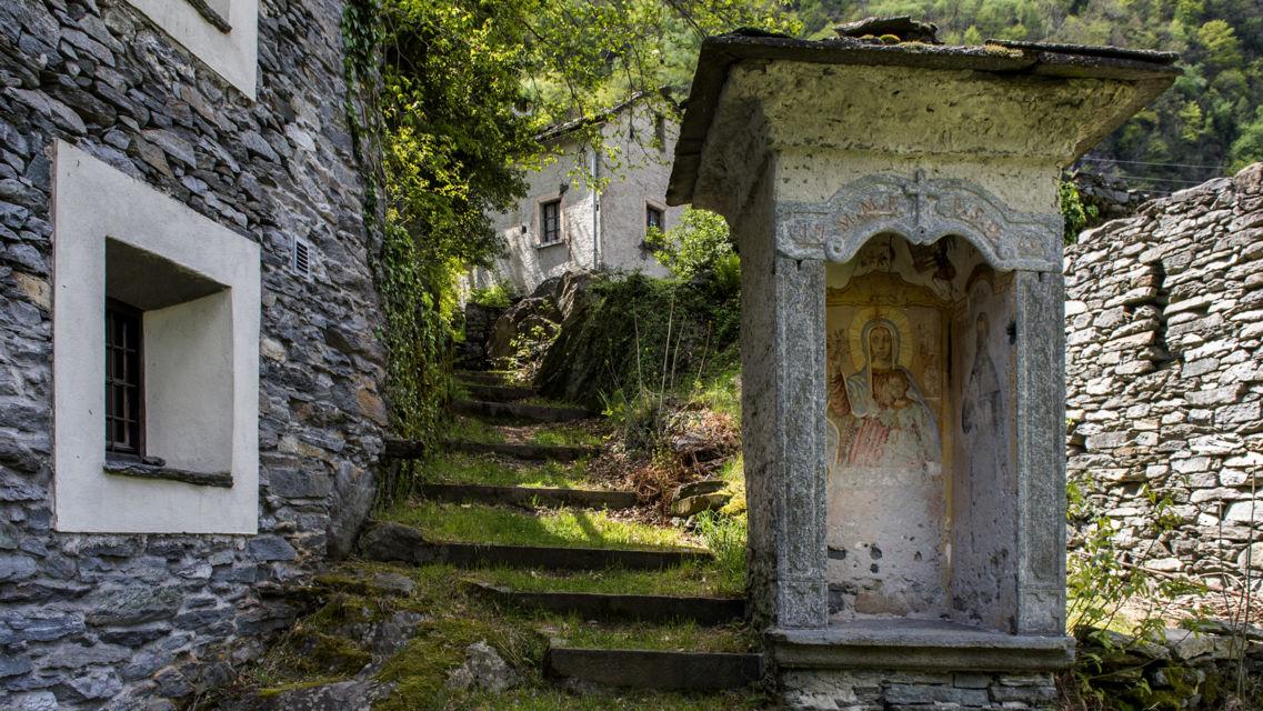 Sentieri-di-pietra-Cevio-Boschetto-7857-TW-Slideshow.jpg