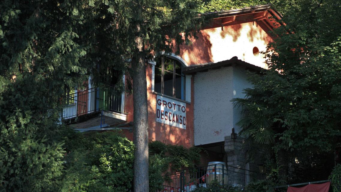 Sentiero-Cantine-di-Gandria-Grotto-Decanso-11645-TW-Slideshow.jpg