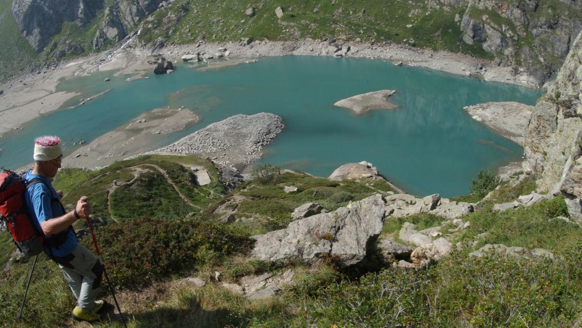 Sentiero-glaciologico-del-Basodino-8330-TW-Slideshow.jpg