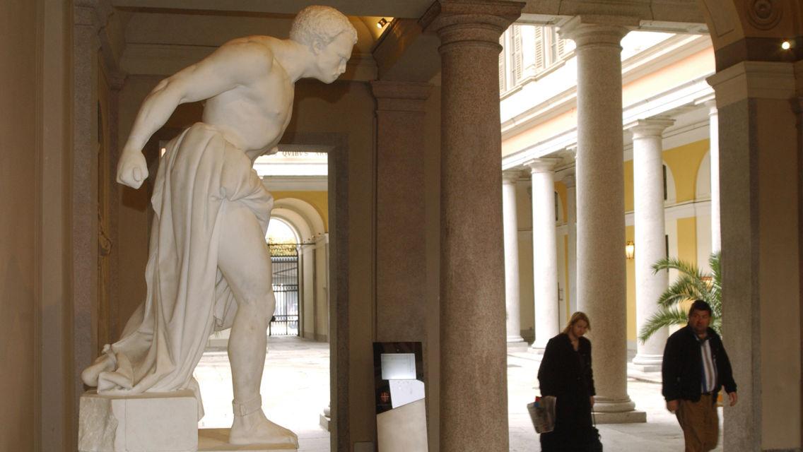 Statua-di-Spartaco-1850-di-Vincenzo-Vela-24442-TW-Slideshow.jpg