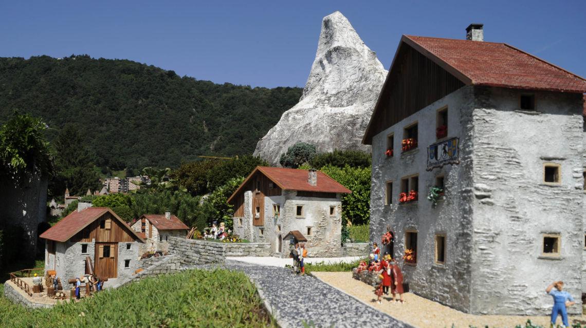 SwissMiniatur-7115-TW-Slideshow.jpg