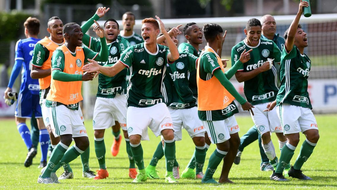 Torneo-Calcio-U18-21053-TW-Slideshow.jpg