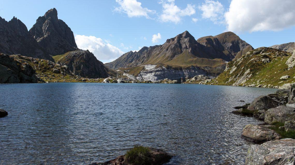Tremorgio-laghetto-alpino-19645-TW-Slideshow.jpg