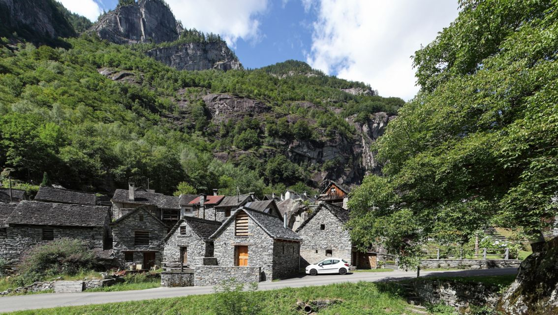 Val-Bavona-18696-TW-Slideshow.jpg
