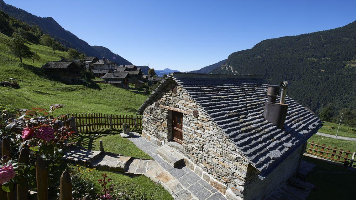 Val-Calanca-15648-TW-Slideshow.jpg