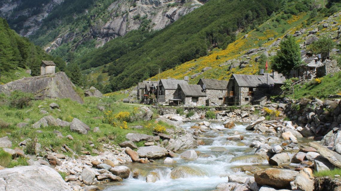 Val-Vegornesso-12562-TW-Slideshow.jpg