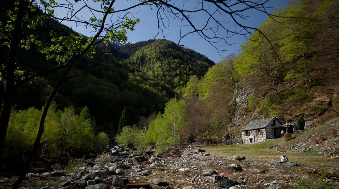 Valle-di-Lodano-26847-TW-Slideshow.jpg