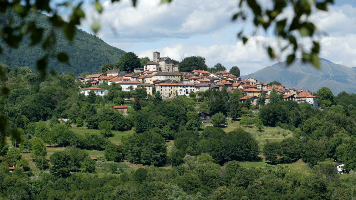 Veduta-Paese-Breno-6630-TW-Slideshow.jpg