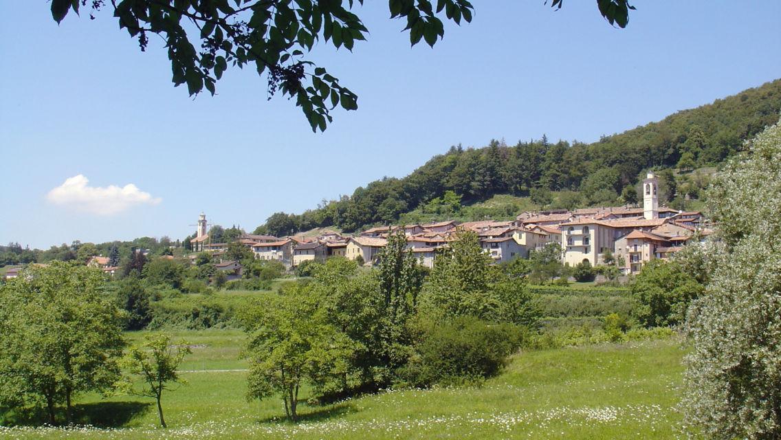 Villaggio-Meride-Monte-San-Giorgio-772-TW-Slideshow.jpg