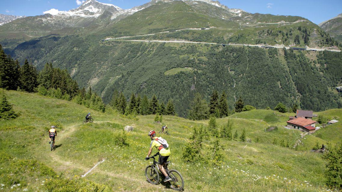 biking-24894-TW-Slideshow.jpg