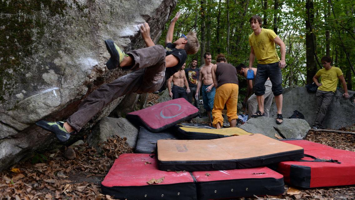 bouldering-21685-TW-Slideshow.jpg