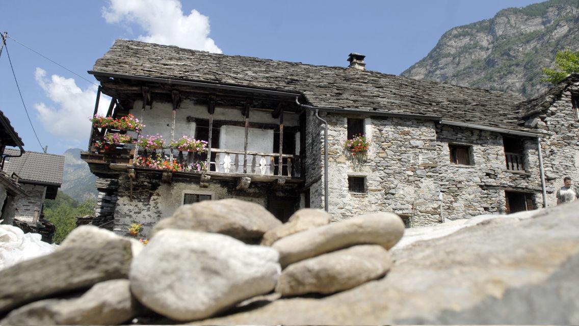 casa-tradizionale-rustico-12298-TW-Slideshow.jpg
