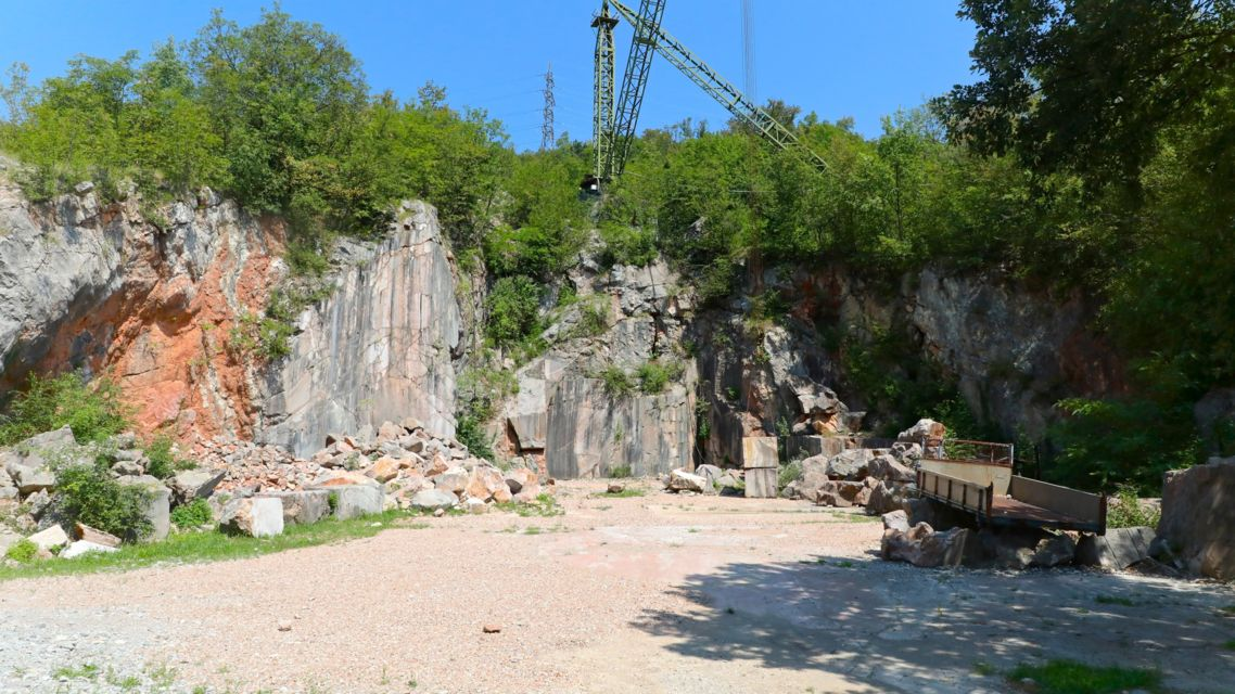 cave-di-marmo-Arzo-22498-TW-Slideshow.jpg
