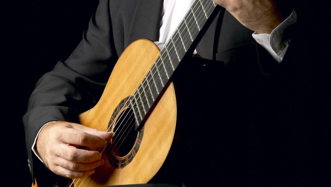 chitarra-classica-15717-TW-Slideshow.jpg
