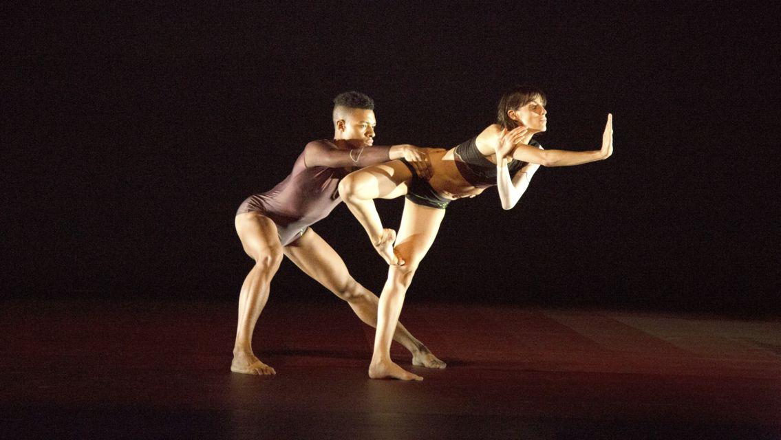 danza-contemporanea-16210-TW-Slideshow.jpg