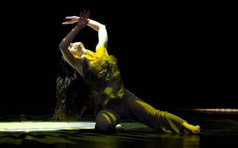 Carolyn Carlsons Mandala tanzen