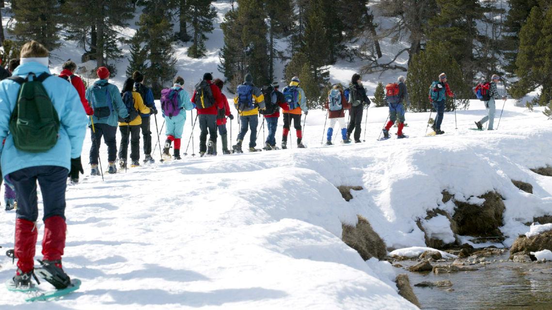 escursione-con-racchette-da-neve-9803-TW-Slideshow.jpg