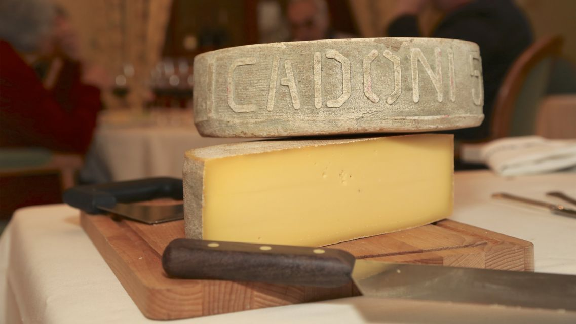 formaggio-Cadonigo-19736-TW-Slideshow.jpg