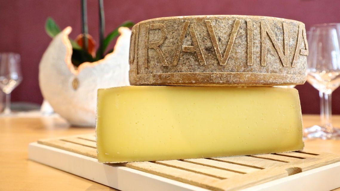 formaggio-Ravina-28072-TW-Slideshow.jpg