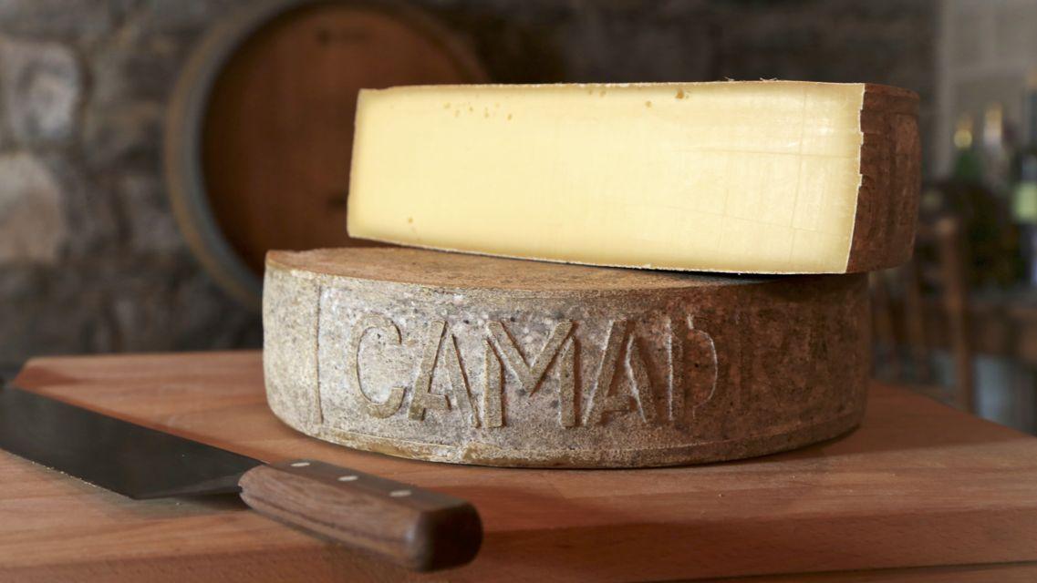 formaggio-alpe-Camadra-21776-TW-Slideshow.jpg
